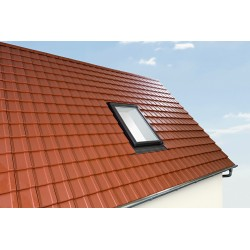 Roto Designo Roof Window R75 UPVC with pre-fitted insulation 5/7