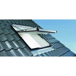 Roto Designo Conservation Roof Window 735 Timber AL 5/9